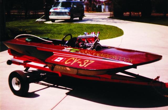 Vintage inboard hydroplane