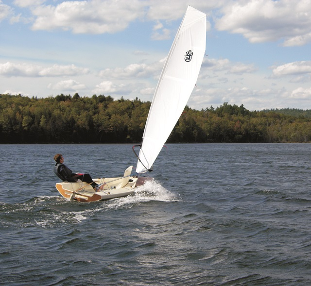 QUETZAL, a single-handed sailing dinghy