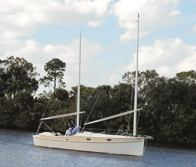 36 foot white sailbaot